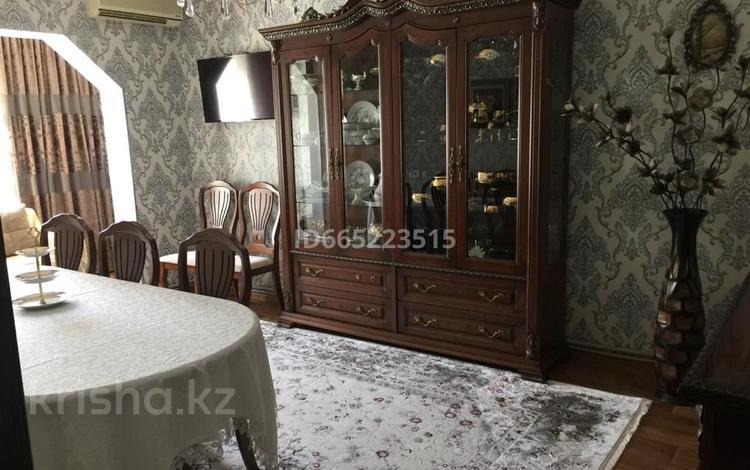 5-комнатная квартира, 120 м², 1/5 этаж, 21микрорайон за 35 млн 〒 в Шымкенте, Аль-Фарабийский р-н