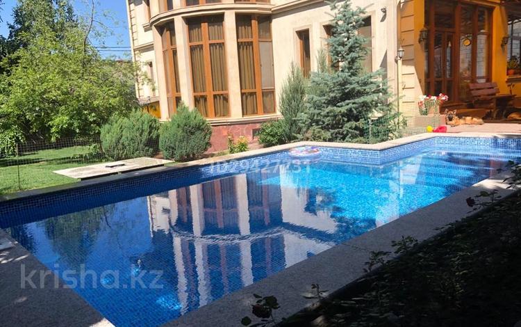 11-комнатный дом, 500 м², Оспанова — проспект Достык за 380 млн 〒 в Алматы, Медеуский р-н