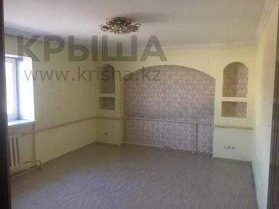 8-комнатный дом помесячно, 480 м², 10 сот., Манатау 7 за 700 000 〒 в Нур-Султане (Астана), Алматинский р-н — фото 10