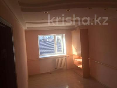 8-комнатный дом помесячно, 480 м², 10 сот., Манатау 7 за 700 000 〒 в Нур-Султане (Астана), Алматинский р-н — фото 13