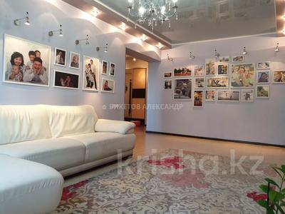 5-комнатная квартира, 129 м², 3/5 этаж, Макатаева 142 — Сейфуллина за 55 млн 〒 в Алматы, Алмалинский р-н — фото 3