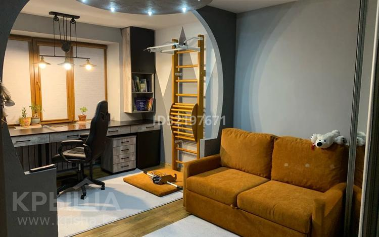 5-комнатная квартира, 100 м², 1/5 этаж, Микрорайон Самал за 32 млн 〒 в Талдыкоргане