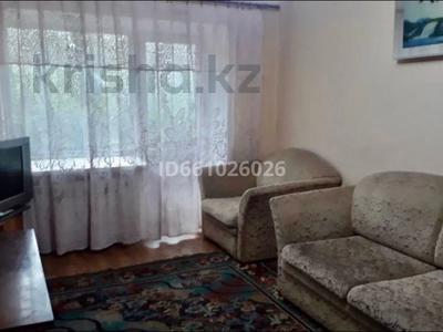 3-комнатная квартира, 58 м², 3/5 этаж помесячно, Алиханова 28/2 за 100 000 〒 в Караганде