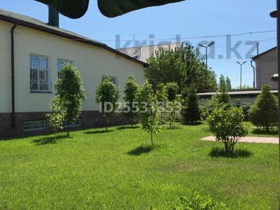 6-комнатный дом, 370 м², 12 сот., Баймуратова за 75 млн 〒 в Павлодаре