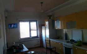 2-комнатная квартира, 74 м², 11/16 этаж помесячно, мкр. Алмагуль 24 за 110 000 〒 в Атырау, мкр. Алмагуль