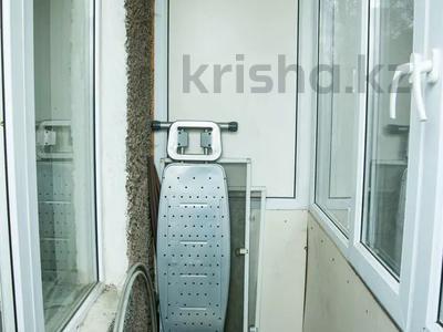 1-комнатная квартира, 31 м², 2/5 этаж посуточно, Ержанова 38 — Газалиева за 7 000 〒 в Караганде, Казыбек би р-н — фото 11