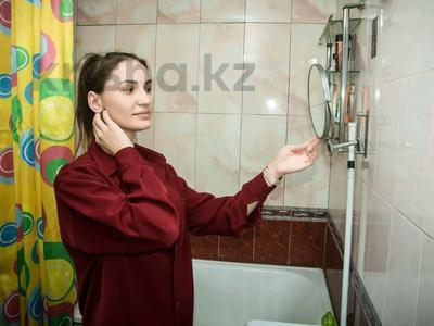 1-комнатная квартира, 31 м², 2/5 этаж посуточно, Ержанова 38 — Газалиева за 7 000 〒 в Караганде, Казыбек би р-н — фото 17