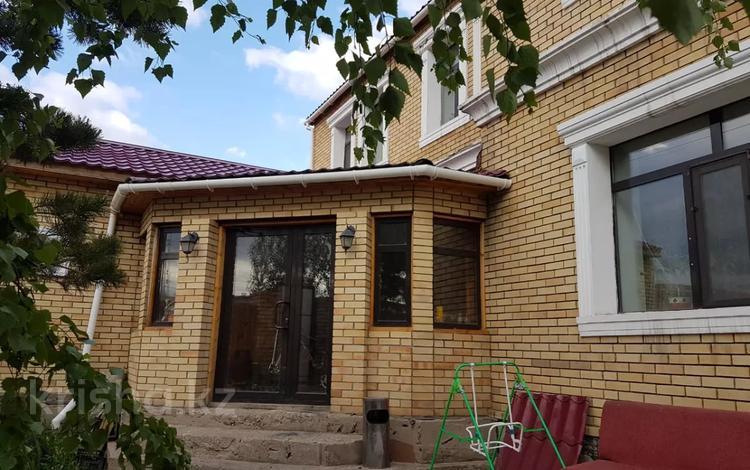5-комнатный дом, 320 м², 10 сот., Балкантау 56 за 90 млн 〒 в Нур-Султане (Астана), Алматы р-н