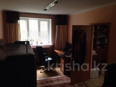 2-комнатная квартира, 42 м², 1/4 этаж, Желтоксан — Сатпаева за 21 млн 〒 в Алматы, Бостандыкский р-н