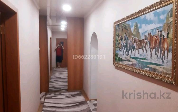 3-комнатная квартира, 74 м², 6/12 этаж, проспект Металлургов 12 за 14 млн 〒 в Темиртау