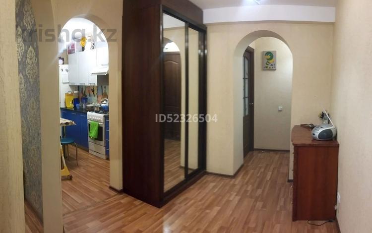3-комнатная квартира, 60 м², 2/9 этаж, проспект Евразия за 15.5 млн 〒 в Уральске