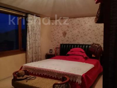 8-комнатный дом, 420 м², 10 сот., Малый Самал 100 — Казиева за 85 млн 〒 в Шымкенте, Абайский р-н — фото 11