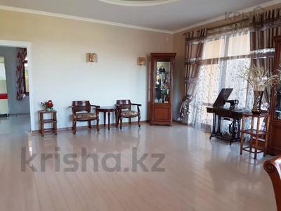 8-комнатный дом, 420 м², 10 сот., Малый Самал 100 — Казиева за 85 млн 〒 в Шымкенте, Абайский р-н — фото 2