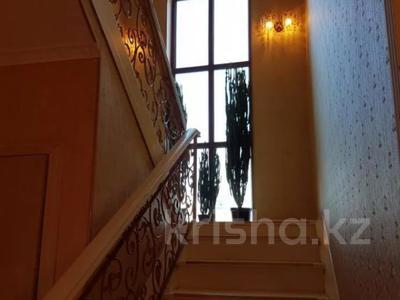 8-комнатный дом, 420 м², 10 сот., Малый Самал 100 — Казиева за 85 млн 〒 в Шымкенте, Абайский р-н — фото 6