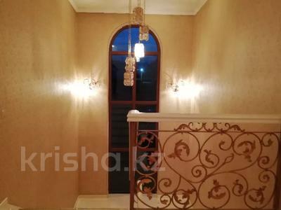 8-комнатный дом, 420 м², 10 сот., Малый Самал 100 — Казиева за 85 млн 〒 в Шымкенте, Абайский р-н — фото 7