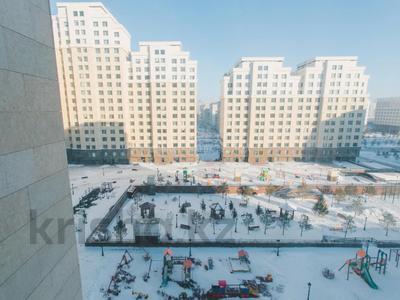3-комнатная квартира, 90 м², 8/14 этаж, Туркестан 20/1 за 63.6 млн 〒 в Нур-Султане (Астане), Есильский р-н
