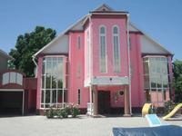 6-комнатный дом, 387 м², 10 сот., Осипенко 10 за 65 млн 〒 в Таразе