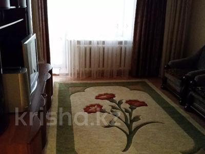 3-комнатная квартира, 60 м², 2/9 этаж помесячно, Гапеева 1 за 130 000 〒 в Караганде