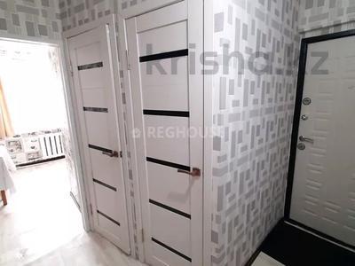 1-комнатная квартира, 32 м², 1/9 этаж посуточно, Абдирова 43/2 — Назарбаева за 7 000 〒 в Караганде, Казыбек би р-н — фото 5