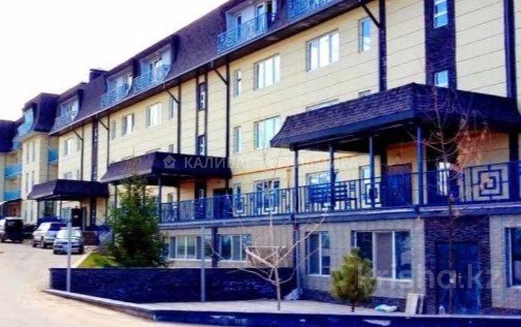 4-комнатная квартира, 80 м², 3/4 этаж, мкр Курамыс, Сатпаева 100г за 39.9 млн 〒 в Алматы, Наурызбайский р-н