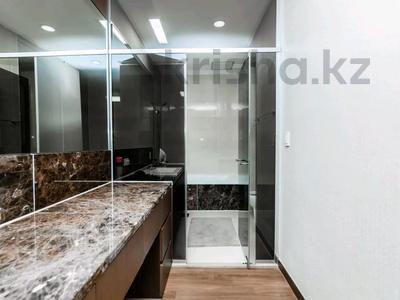 2-комнатная квартира, 75 м² посуточно, проспект Рахимжана Кошкарбаева 10/1 за 15 000 〒 в Нур-Султане (Астана) — фото 6