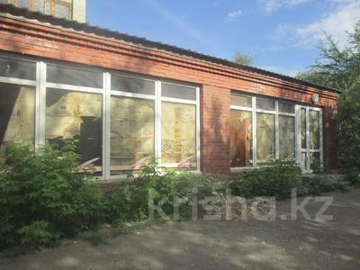 Магазин площадью 546 м², Н. Назарбаева 249 за ~ 43.1 млн 〒 в Уральске