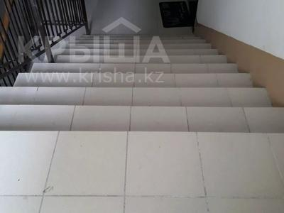 1-комнатная квартира, 76 м², 2/5 этаж, Богенбай батыра 153 за 8 млн 〒 в Актобе