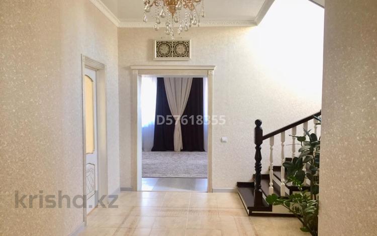 4-комнатный дом, 200 м², 4 сот., Деркул пдп 1 за ~ 28.9 млн 〒 в Уральске