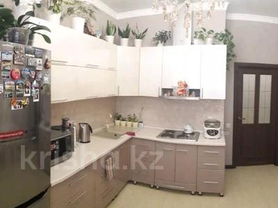 1-комнатная квартира, 52 м², 7/8 этаж, Туркестан — проспект Улы Дала за 22.5 млн 〒 в Нур-Султане (Астана), Есиль р-н