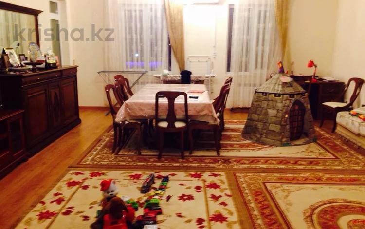 4-комнатная квартира, 194 м², 2/7 этаж поквартально, Кабанбай батыр 6/6 за 800 000 〒 в Нур-Султане (Астана), Есильский р-н