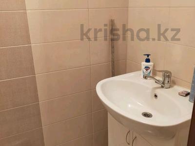 1-комнатная квартира, 50 м², 7/9 этаж, Ладыгина 30 за 26 млн 〒 в Алматы, Ауэзовский р-н