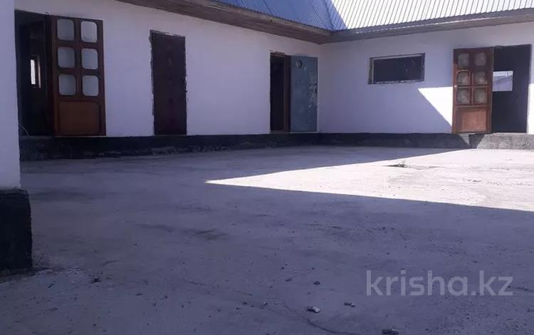 4-комнатный дом, 260 м², 10 сот., Восточный за 17 млн 〒 в Талдыкоргане