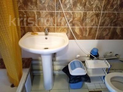 1-комнатный дом посуточно, 30 м², 10 сот., Биржан Сала 29 за 15 000 〒 в Бурабае — фото 3