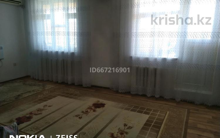 1-комнатная квартира, 55.5 м², 4/5 этаж, Оркен 5-64-(2) за 8.5 млн 〒 в Жанаозен