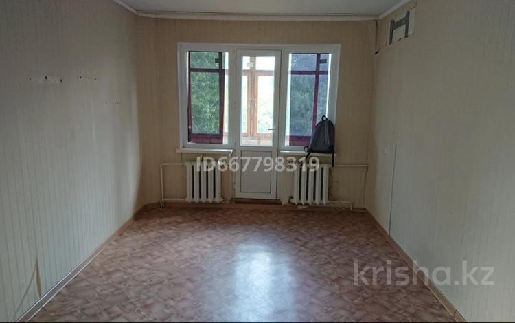 2-комнатная квартира, 46 м², 5/5 этаж, Махамбета 1 — Азаттык за 10.5 млн 〒 в Атырау