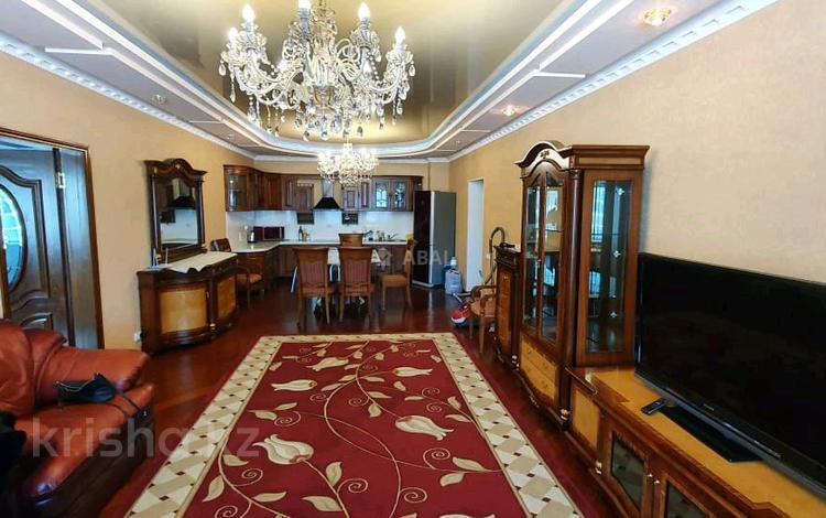 3-комнатная квартира, 120 м², 2/40 этаж, Достык 5 за 40 млн 〒 в Нур-Султане (Астана), Есиль р-н
