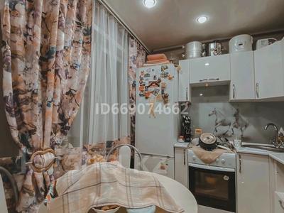 2-комнатная квартира, 48 м², 1/5 этаж, Сатпаева 87 за 16.5 млн 〒 в Усть-Каменогорске