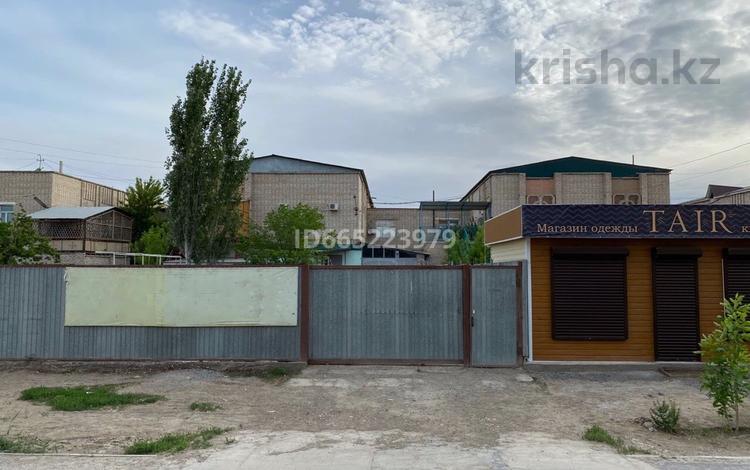 5-комнатный дом помесячно, 202 м², 3 сот., Акмешит 9А за 220 000 〒 в
