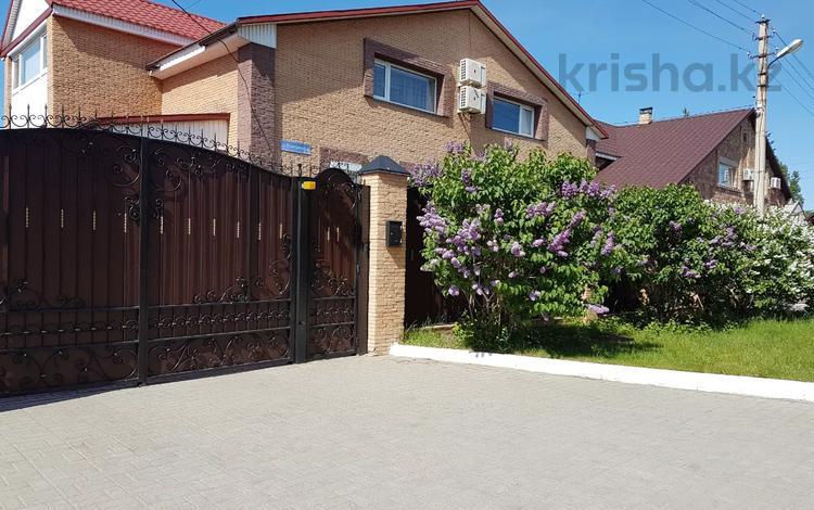 10-комнатный дом, 367 м², 6 сот., Пожарная 10 — Батурина за 64 млн 〒 в Павлодаре