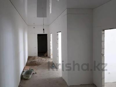 2-комнатная квартира, 114 м², 5/5 этаж, Юнис сити , Богенбай батыра 153 — ЖК Юнис Сити за 14.5 млн 〒 в Актобе — фото 6