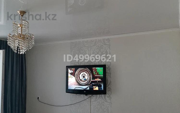 1-комнатная квартира, 42 м², 2/10 этаж посуточно, Ч Валиханова — Байсеитовой за 6 000 〒 в Семее