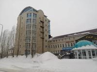 Здание, площадью 6215.9 м²