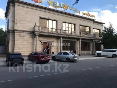 Здание, ул. Б.Момышулы площадью 500 м² за 5 000 〒 в Семее