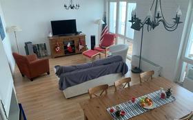 3-комнатная квартира, 120 м², 33/37 этаж, Желтоксан за 39.4 млн 〒 в Нур-Султане (Астана), Сарыарка р-н