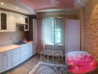 2-комнатная квартира, 52 м², 1/5 этаж, мкр Таугуль-3 7 — Жандосова за 18.5 млн 〒 в Алматы, Ауэзовский р-н — фото 2