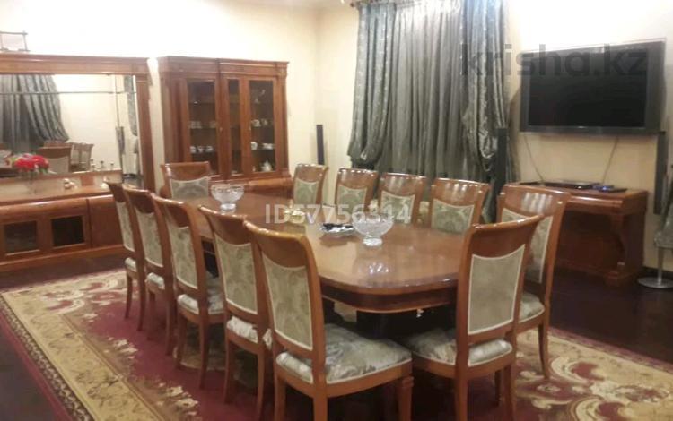 8-комнатный дом посуточно, 800 м², мкр Коктобе — Омарова за 100 000 〒 в Алматы, Медеуский р-н