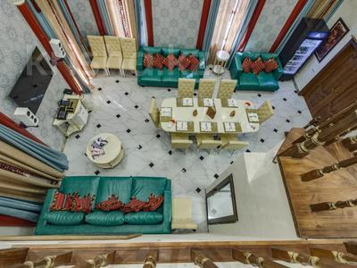 4-комнатный дом помесячно, 340 м², Керей-Жаныбек Хандар за 3 млн 〒 в Алматы, Медеуский р-н — фото 2