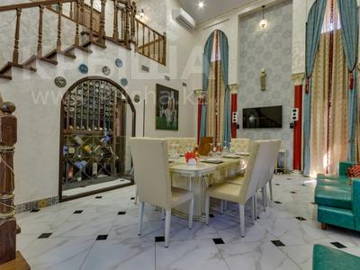 4-комнатный дом помесячно, 340 м², Керей-Жаныбек Хандар за 3 млн 〒 в Алматы, Медеуский р-н — фото 3