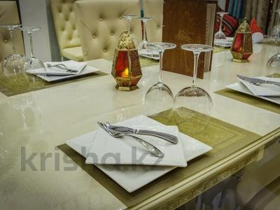 4-комнатный дом помесячно, 340 м², Керей-Жаныбек Хандар за 3 млн 〒 в Алматы, Медеуский р-н — фото 7