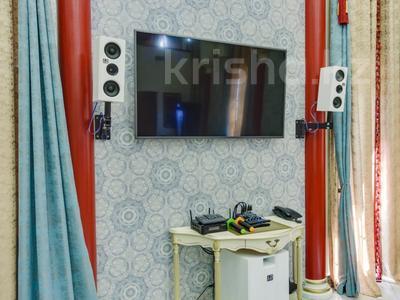 4-комнатный дом помесячно, 340 м², Керей-Жаныбек Хандар за 3 млн 〒 в Алматы, Медеуский р-н — фото 8